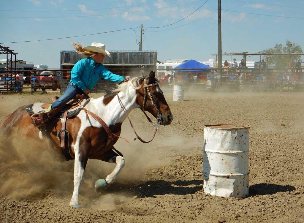 Ingomar-Open-Rodeo-2016-PHOTO-Barrels-w