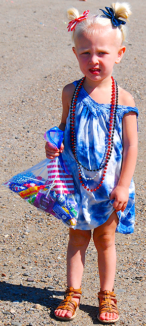 Clifton-Happy-Fourth-Lil-Girl