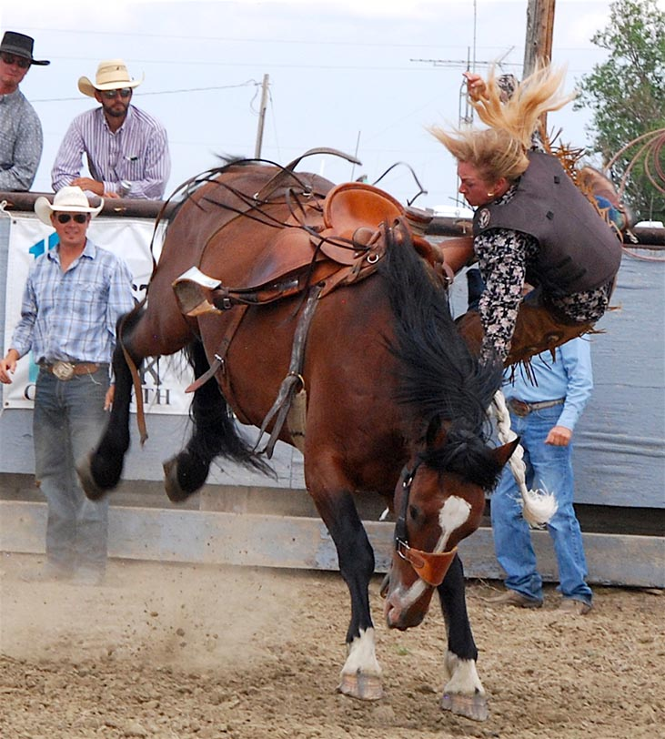 July 28 rodeo_Ladylike lunge-w