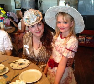 2016 Tea Hat contest winner Gina Asay and granddaughter Kielyee _6080-aif